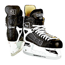 CCM 692 Tacks SR
